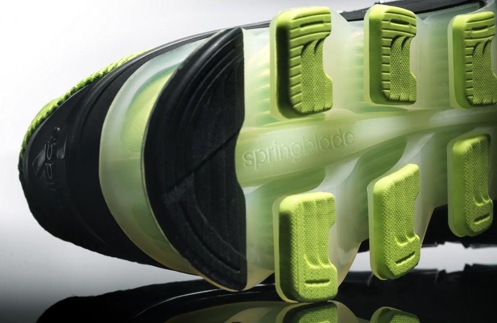 2014_adidas_Running_SS14_Springblade_Men_Detail_02_LR