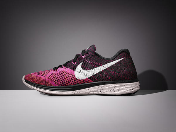 SP15_BSTY_RN_Flyknit_Lunar3_698182-002_Hero_079.jpeg_native_600