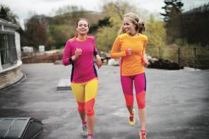 Colourful workout met Kari Traa