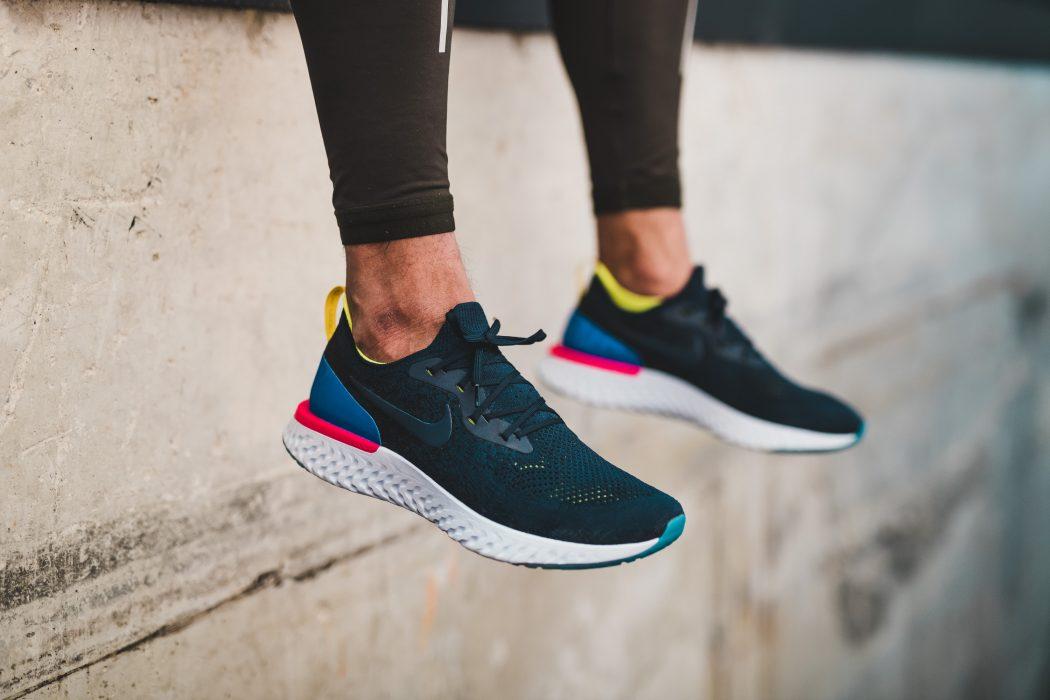 Nike Epic Réagissent Flyknit Chaussure De Course Q0qiVj6LIy