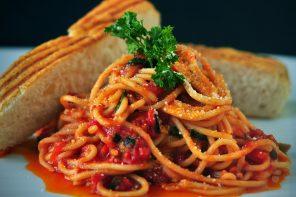 3 verkeerde eetgewoontes die je als hardloper zou moeten vermijden